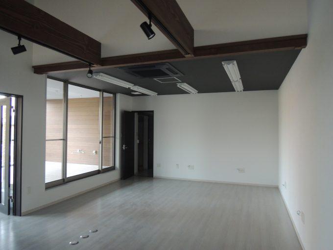 木の香建築工房:新築:染地台店舗